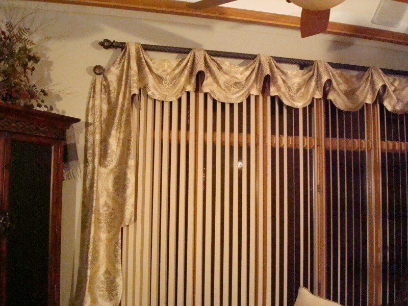curtains 054
